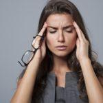 Przewlekły ból głowy – jak sobie z nimi radzić?